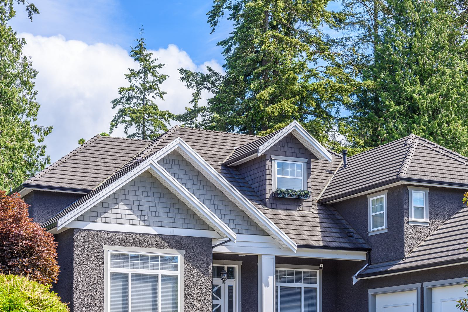 Strengthen Your Roof With Architectural Shingles Amstill