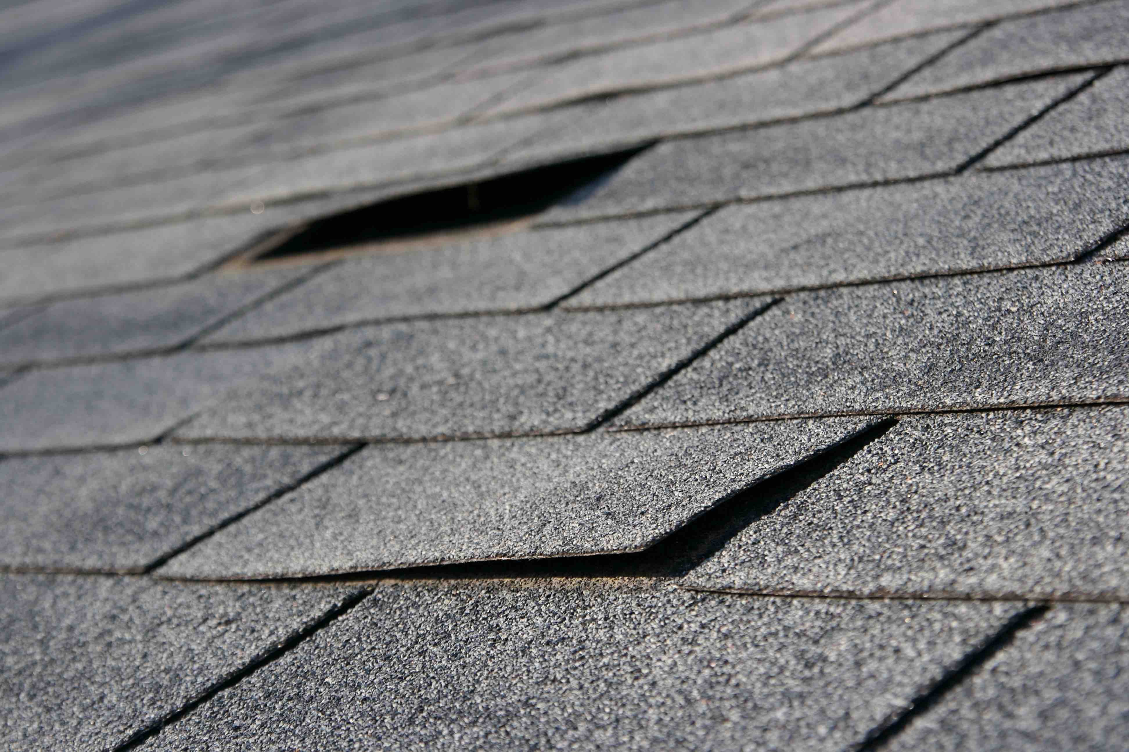 Choosing The Right Shingles For A Houston Roof Replacement | Amstill Roofing