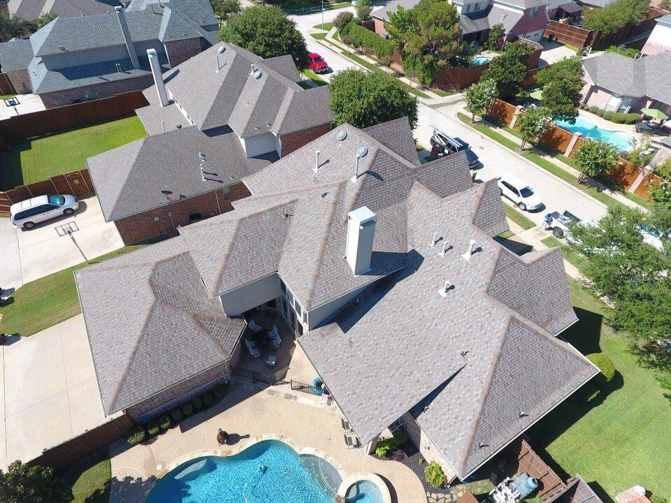How To Choose The Right Houston Roofing Company For Roof Replacement